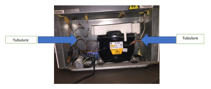 réfrigérateur : tubulure du compresseur